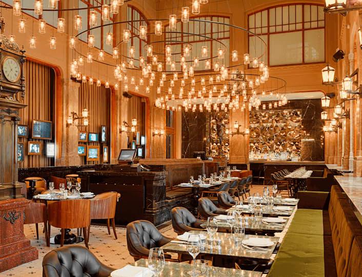 Restaurant opzet van THE DUCHESS in Amsterdam in het Bank gebouw