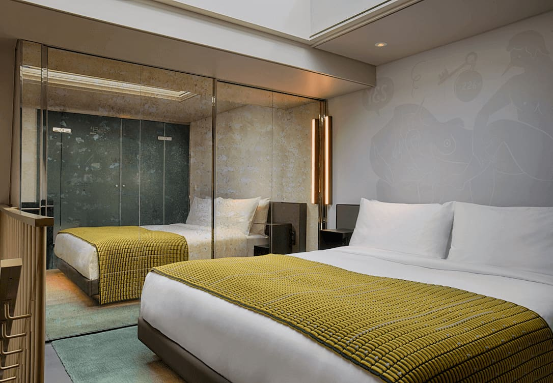 Bed in duplex Marvelous Bank Suite