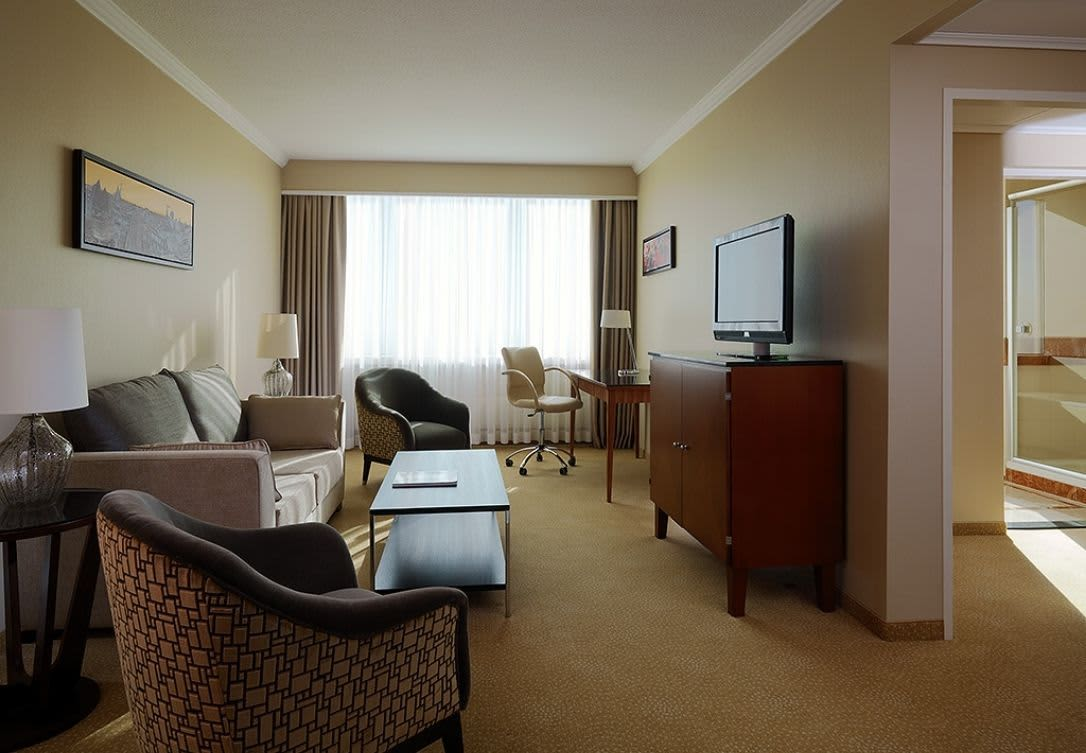 Business Suite w Marriott Warsaw Hotel