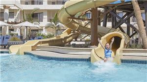 gallery-hubwh-driftwood-beach-club-waterslide-2