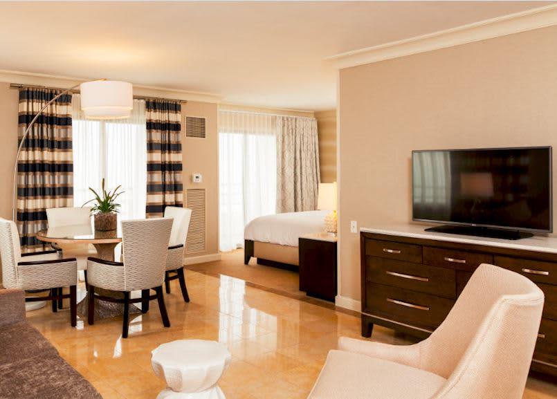Studio Suite at Waterfront Beach Resort - a Hilton Hotel, Huntington Beach