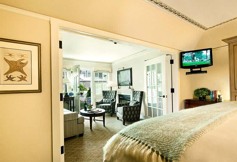 White Elephant Hotel, Massachusetts Harborview Suite