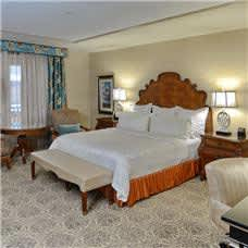 Woolley's Classic Suites - Standard King Room