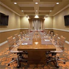 Woolley's Classic Suites Meetings - Conference Room