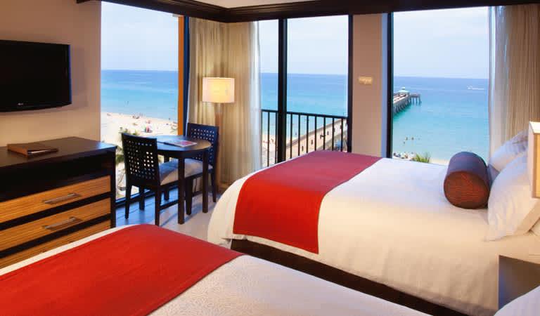 Stay 3, Save 20% Package Wyndham Deerfield Beach Resort, Florida