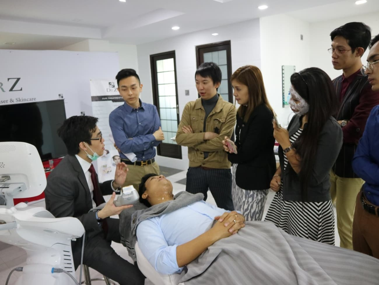 Dr CY Chua Facelift Training Session in Yangon
