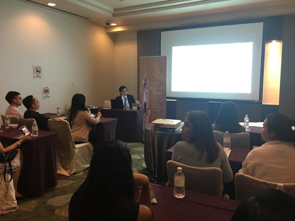 Speaking and training at a recent Seminar at the prestigious American Academy of Aesthetic Medicine a