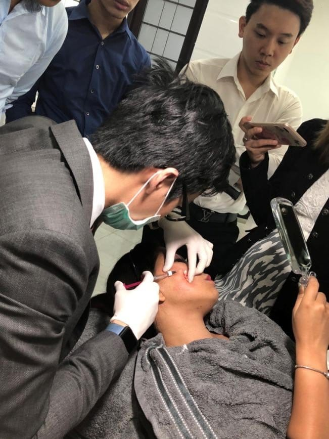 dr cy chua treating patient with rejuran