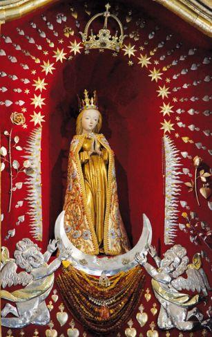 figura w sanktuarium MB Brzemiennej w Skępe