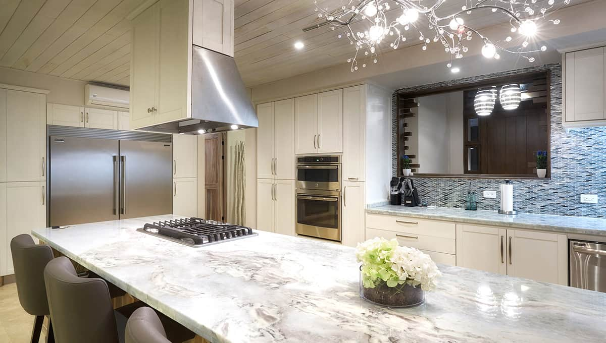 islita-kitchenbarchairs-tamarindo