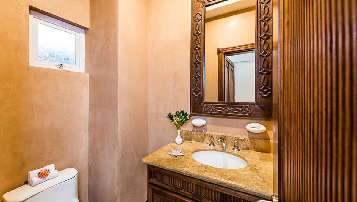 Horizontes104-guestbathroom-langosta