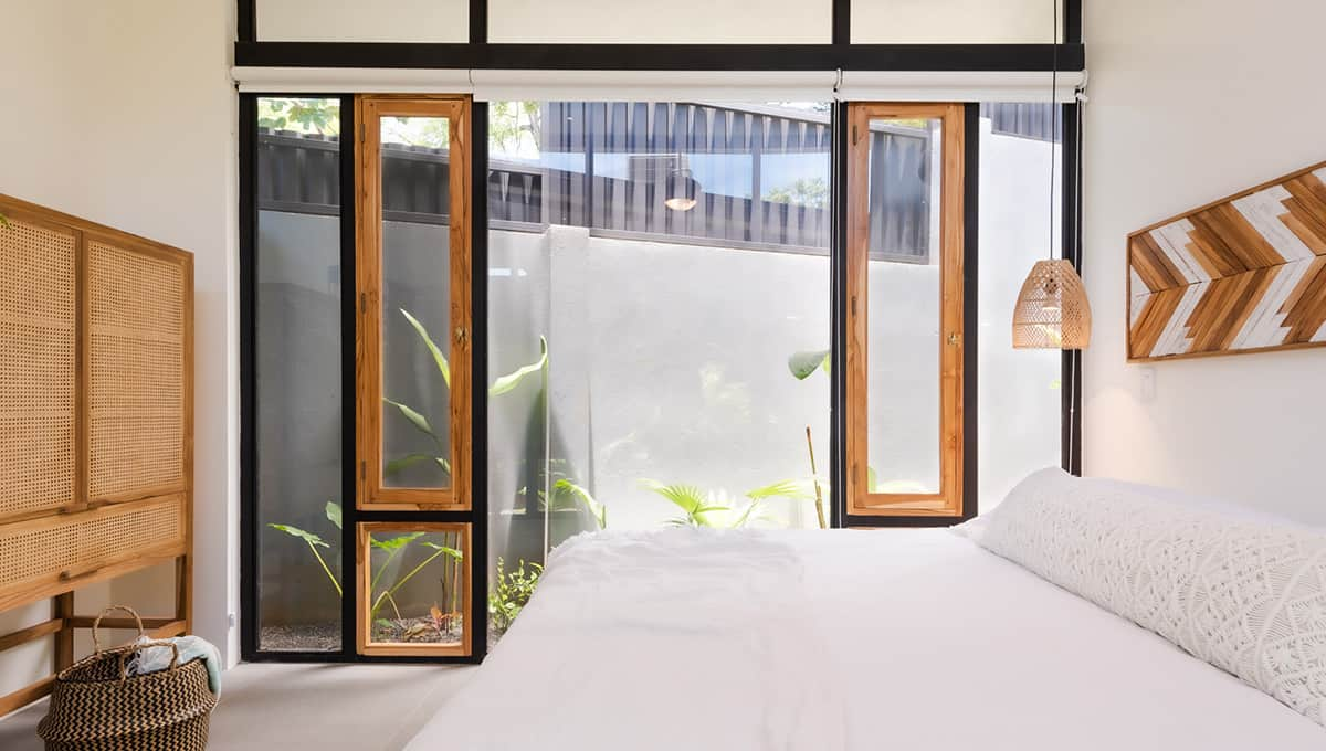 casanegra-room3beddresser-tamarindo
