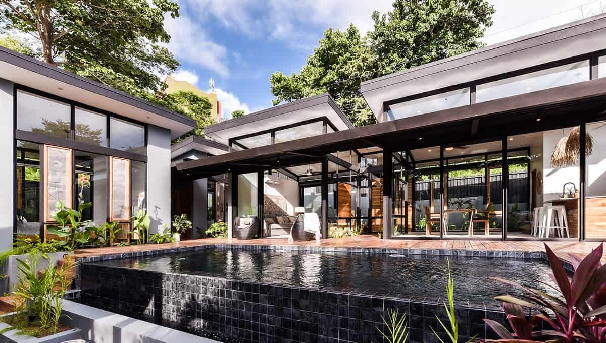 casanegra-poolmainhouse-tamarindo