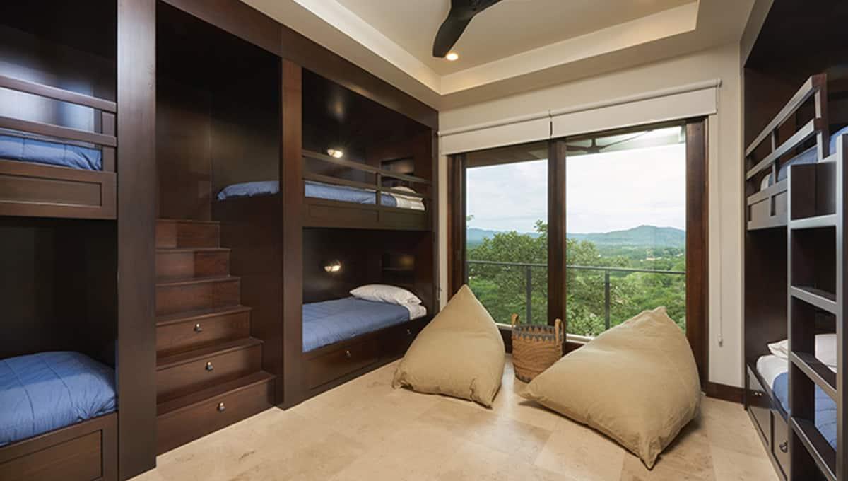 casalucy-bunkbedroom2-tamarindo