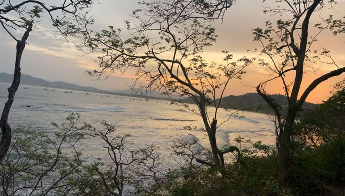 casaperla-sunsetbeachaccess-tamarindo