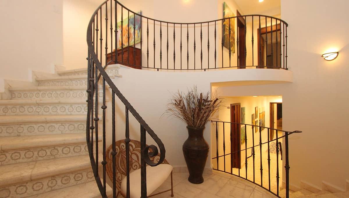 carolinadelmar-stairs-langosta