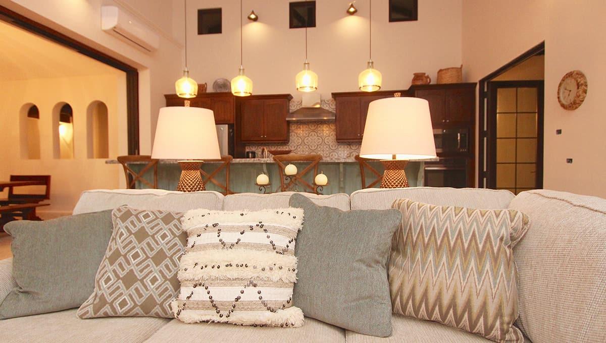 carolinadelmar-couch-langosta