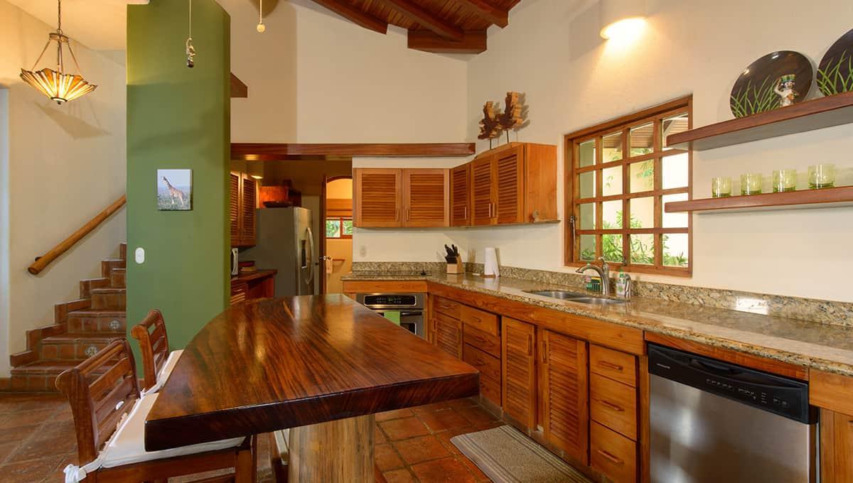 monomalo-kitchenbar-langosta