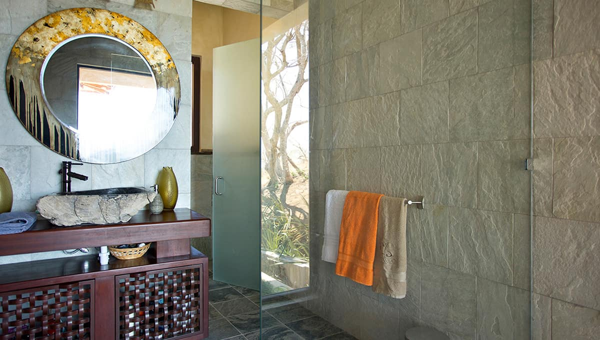 casabali-bathroom-tamarindo