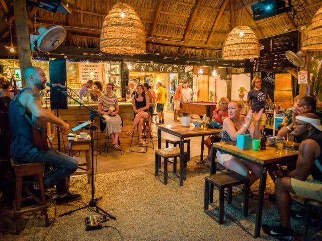 La Oveja Negra Bar Tamarindo