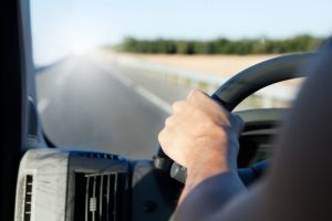 Minimize Your Company's Risk with a Hands-Free Driving Policy! 1