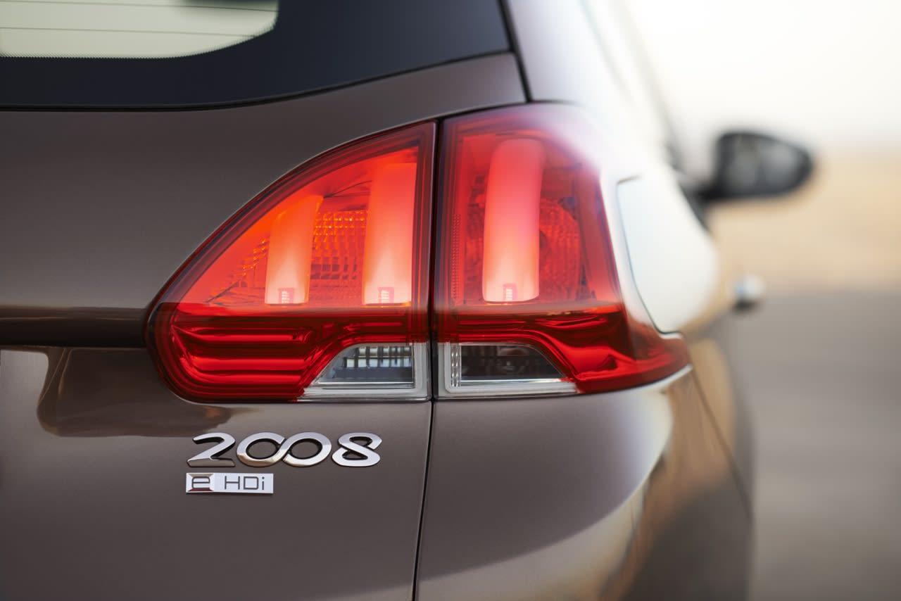 Peugeot-2008-Review-34