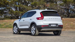 2020 best small luxury suv volvo XC40 exterior rear