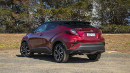 2020 best small suv toyota c-hr exterior rear
