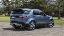 2020 best upper large suv landrover discovery exterior rear