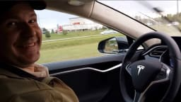 US-based Tesla customer Joshua Brown died when his self-driving car crashed in 2016. Tesla says changes to its cars will prevent similar crashes from occurring.