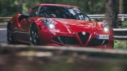 Alfa Romeo 4C first drive review