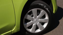 2011_nissan_micra_st_road_test_review_11