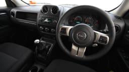 2011_jeep_patriot_sport_review_interior_16