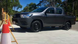 """2016 Toyota HiLux Workmate Double Cab REVIEW 