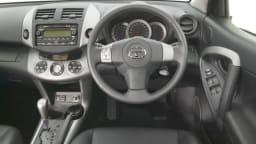 Toyota RAV4 Cruiser L: interior