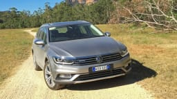 Volkswagen Passat Alltrack REVIEW   2016 Price, Features and Specifications - The Passat Wagon With More