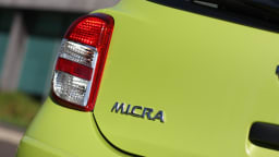 2011_nissan_micra_st_road_test_review_10
