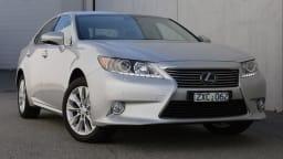 2014 Lexus ES Review: Hybrid ES300h Sport Luxury Review