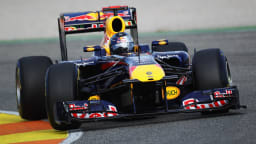 2011_red_bull_rb7_f1_race_car_04