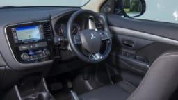 Mitusbishi Outlander XLS AWD.