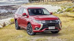 2017 Mitsubishi Outlander PHEV Review | A Sharper Look For Mitsubishi's Green Hero