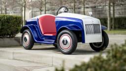 Rolls-Royce SRH - A Shrunken Wraith EV For Some Special Passengers