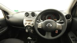 2011_nissan_micra_st_l_roadtest_review_24