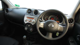 2011_nissan_micra_st_road_test_review_02
