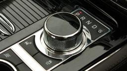 2011_jaguar_xj_diesel_road_test_review_13