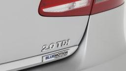 2011_volkswagen_passat_sedan_australia_125tdi_highline_19
