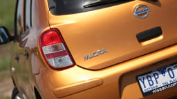 2011_nissan_micra_st_l_roadtest_review_04