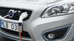 New Volvo EV Charger Six Times Faster Than Conventional Mobile Systems