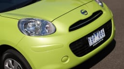 2011_nissan_micra_st_road_test_review_13