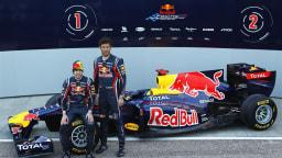 2011_red_bull_rb7_f1_race_car_13